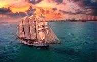 Royal Albatross - Luxury Tall Ship